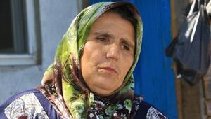 Ecrinin anne ve üvey babası mahalleyi terk etti