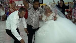 Öldürdüğü kayınbiraderi ile düğünde omuz omuza eğlenmiş