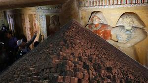 Kilometrelerce öteden bile fark ediliyordu Binlerce yıllık gizem çözüldü