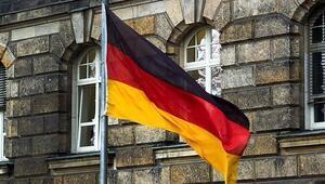 Almanyada camiye çirkin saldırı