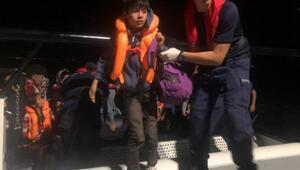 Edirnede, lastik botlarda 73 kaçak yakalandı