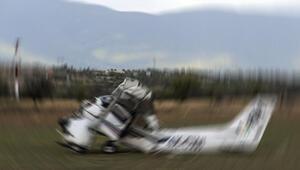 Avustralyada küçük uçak düştü: 2 ölü