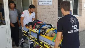 Elektrik akımına kapılıp 5 metre yükseklikten düşen kişi ağır yaralandı