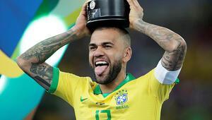 Transferde son dakika: Dani Alves bombası İş bitiyor...