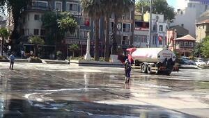 Bandırmada Cumhuriyet Meydanı baştan sona temizleniyor