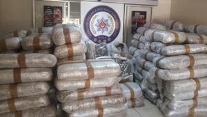 Milasta uyuşturucu şebekesine operasyon: 1,5 ton Skunk ele geçirildi