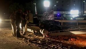 Silivride kamyona çarpan otomobil hurdaya döndü: 2 yaralı