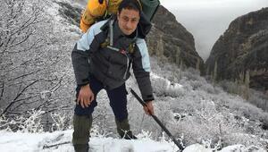 7 ay sonra cansız bedeni bulunan dağcı, toprağa verildi