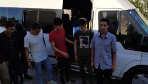 Ayvalıkta 65 kaçak göçmen yakalandı