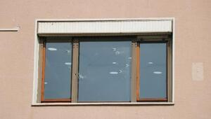 Pendikte firma binasına silahlı saldırı