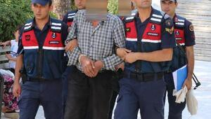Uyuşturucu ve tarihi eser operasyonunda gözaltına alınan baba- oğul adliyede