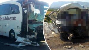Manisada feci kaza: Ölü ve yaralılar var...