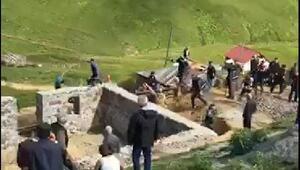 Gümüşhanede kaçak yapı yıkımında arbede: 5 gözaltı