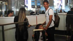 Fernando, ailesiyle birlikte Türkiyeden ayrıldı