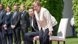 Merkel'in dördüncü titreme krizine sandalyeli önlem