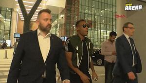 Garry Rodrigues Fenerbahçe için İstanbula geldi
