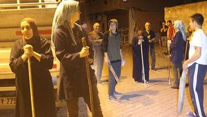 Yer İstanbul... Mahalle sakinlerinin korkulu nöbeti
