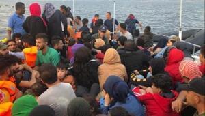 Çeşme açıklarında 133 kaçak göçmen yakalandı