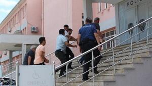 Hedef şaşırıpyüzbaşının aracına ateş açan 2 şüpheli tutuklandı