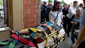 Yolcu minibüsü TIRın dorsesine çarptı: 1 ölü, 8 yaralı