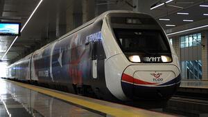 15 Temmuz treni ilk seferi için yola çıktı