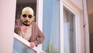 Penceren mi var derdin var