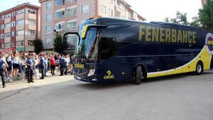 Fenerbahçeye Bolu Stadında coşkulu karşılama