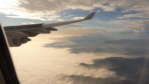 İlk uçuşunu geride bıraktı İşte geleceğin uçağı...