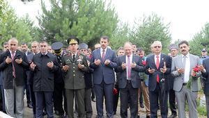 15 Temmuz Demokrasi ve Milli Birlik Gününde şehitler anıldı