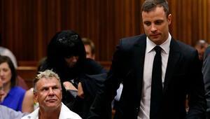 Oscar Pistorius tehdit etmişti, silahlı saldırıda hayatını kaybetti