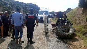 14 yaşındaki sürücünün kullandığı traktör devrildi: 2 yaralı