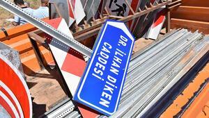 HDPli belediyenin astığı, terör suçlusunun adını taşıyan tabela indirildi