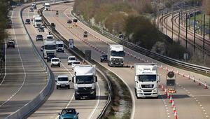 İngilterede genç sürücülerin gece araç kullanmaları yasaklanabilir