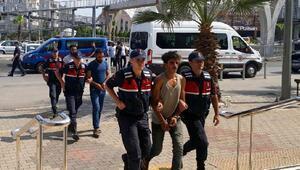 İzmirde terör operasyonunda 5 tutuklama