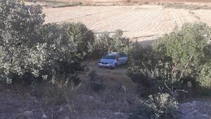 Diyarbakırda otomobil şarampole yuvarlandı: 3 yaralı