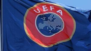 UEFAdan Sırbistana seyircisiz oynama cezası
