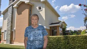 70 yaşındaki kadını polisiz deyip vicdansızca dolandırdılar Milyonlarca liralık malvarlığını böyle aldılar