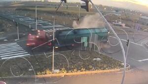 1 kişinin öldüğü, 5 kişinin yaralandığı kaza mobese kamerasında