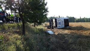 Afyonkarahisarda yolcu otobüs devrildi: 7 yaralı