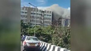 Hindistan'da telekomünikasyon binasında yangın: 100 kişi mahsur