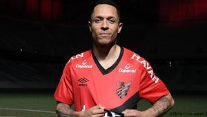 Son dakika transfer haberleri: Adriano, Athletico Paranaenseye transfer oldu
