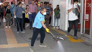 Trabzon'un en işlek caddesini Kakalaklar bastı