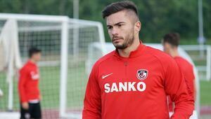 Gazişehir Gaziantepin yeni transferi Alin Tosca: Çok iyi bir sezon bizi bekliyor