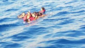 Bodrumda kaçak göçmenlerin teknesi battı: 8 kişi kurtarıldı, 1 kayıp