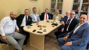 Ukrayna Parlamentosuna yeniden seçilen Mustafa Cemiloğlu'na ilk tebrik ziyareti Egemen Bağış'tan