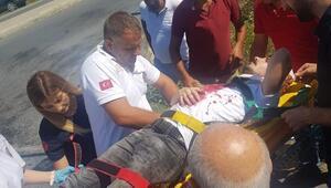 Arnavutköyde servis aracı ile otomobil çarpıştı: 4 yaralı