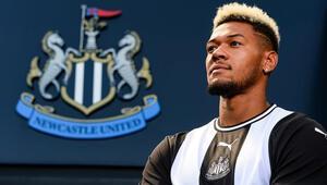Newcastle United, Joelintonu rekor bedele transfer etti