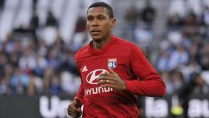 Son dakika Beşiktaş transfer haberleri: Beşiktaşta stoper için iki aday: Marcelo, Mangala