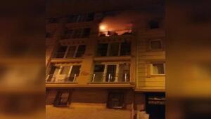 Esenlerde 4 katlı binada yangın çıktı, 5 kişilik aile ölümden döndü