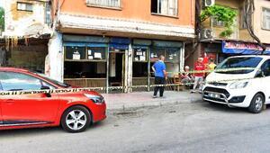 Adanada kahveye silahlı saldırı: 1i ağır 3 yaralı
